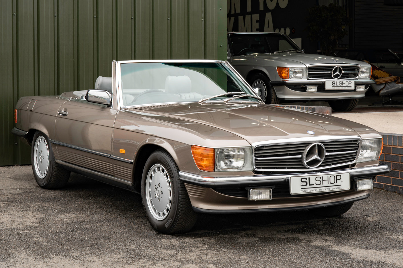 1987 Mercedes-Benz R107 300SL Impala Brown #2121 For Sale (picture 1 of 6)