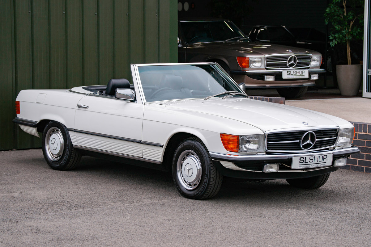 1984 Mercedes-Benz R107 280SL Classic White with Black #2074 For Sale (picture 1 of 6)