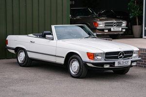 1984 Mercedes-Benz R107 280SL Classic White with Black #2074 For Sale