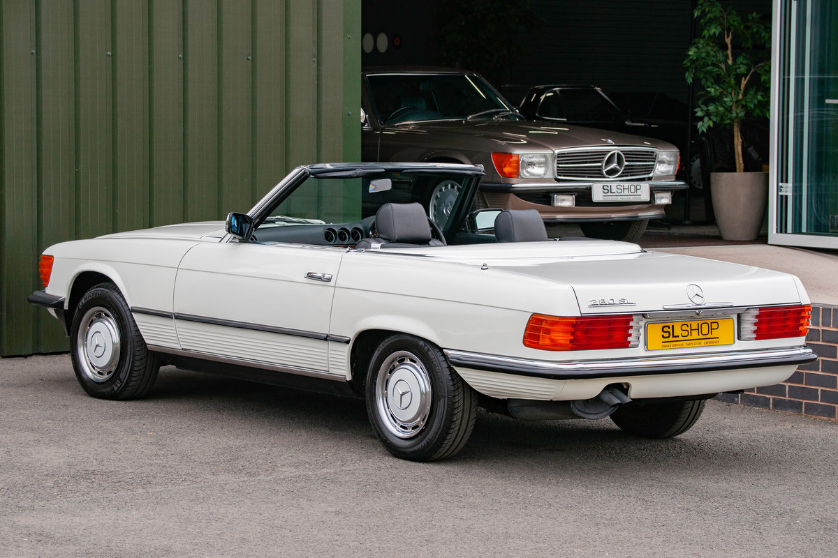 1984 Mercedes-Benz R107 280SL Classic White with Black #2074 For Sale (picture 2 of 6)