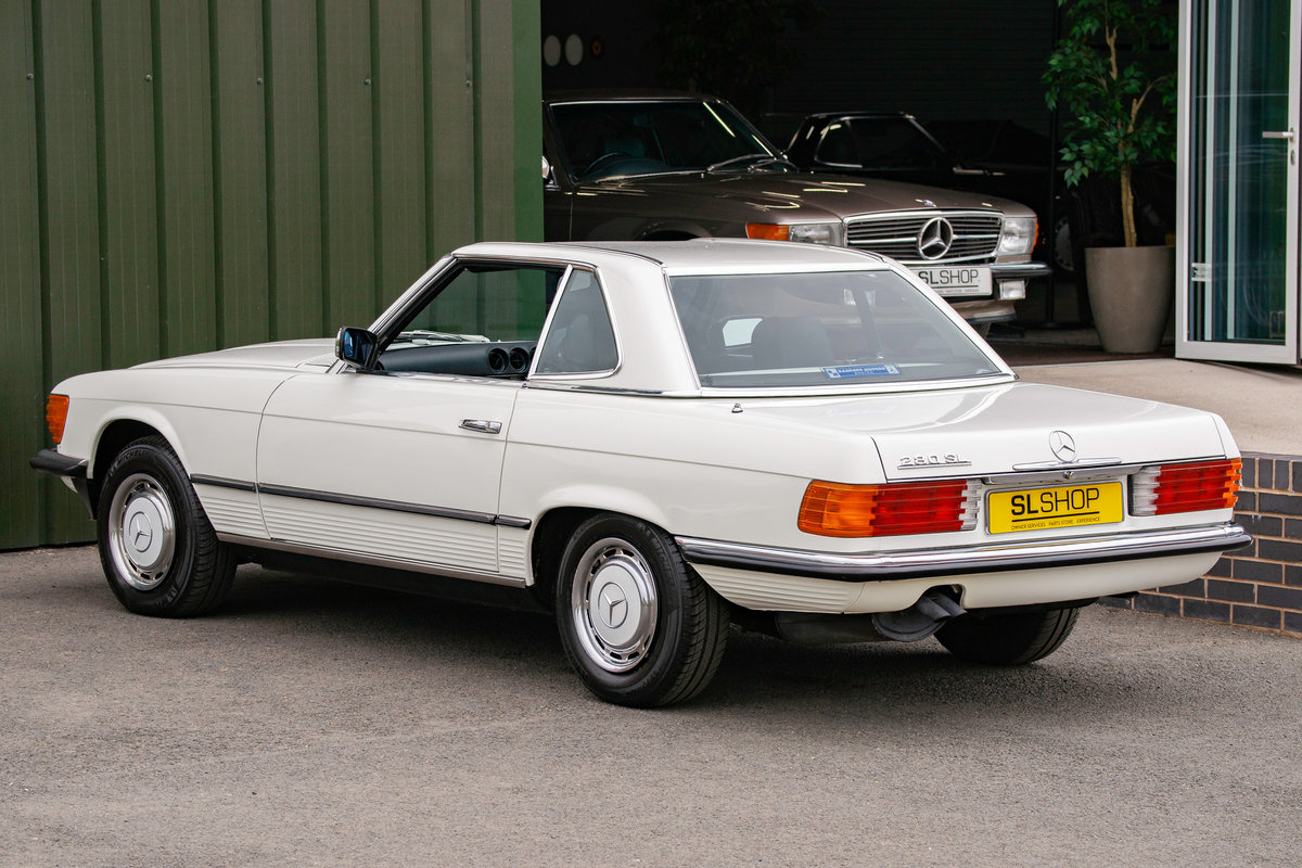 1984 Mercedes-Benz R107 280SL Classic White with Black #2074 For Sale (picture 4 of 6)