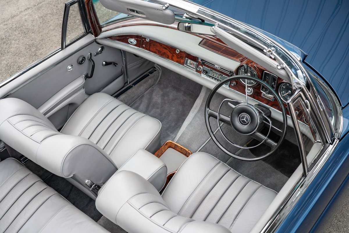 1966 Mercedes-Benz W111 280SE Cabriolet #2122 Restored, BEAUTIFUL For Sale (picture 5 of 6)