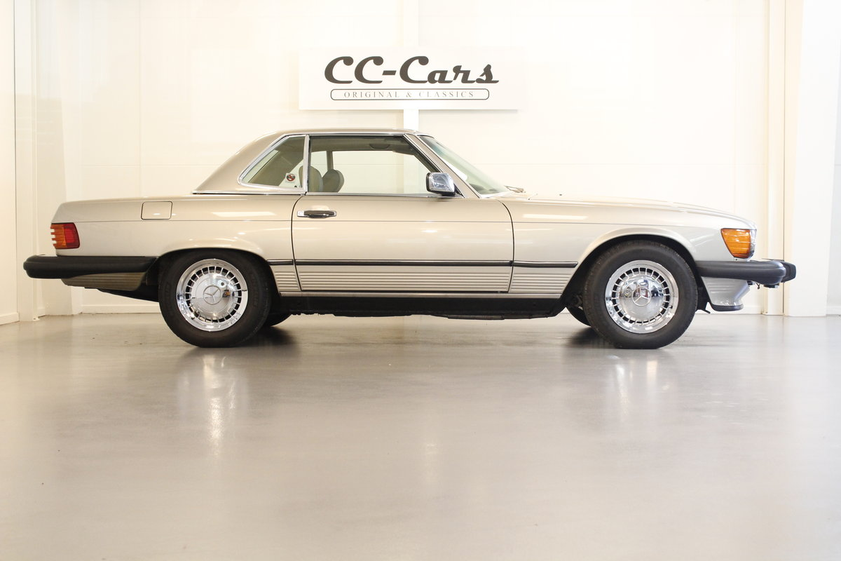 1987 Mercedes 560 SL Convertible Automatic For Sale (picture 3 of 6)