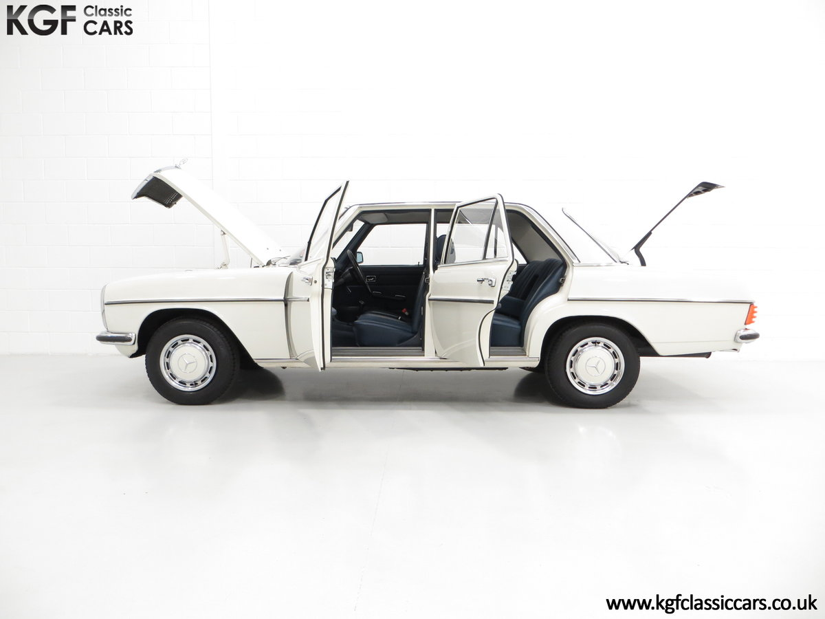 1975 A Preserved W115 Mercedes-Benz 200 with Just 19,986 Miles SOLD (picture 3 of 6)