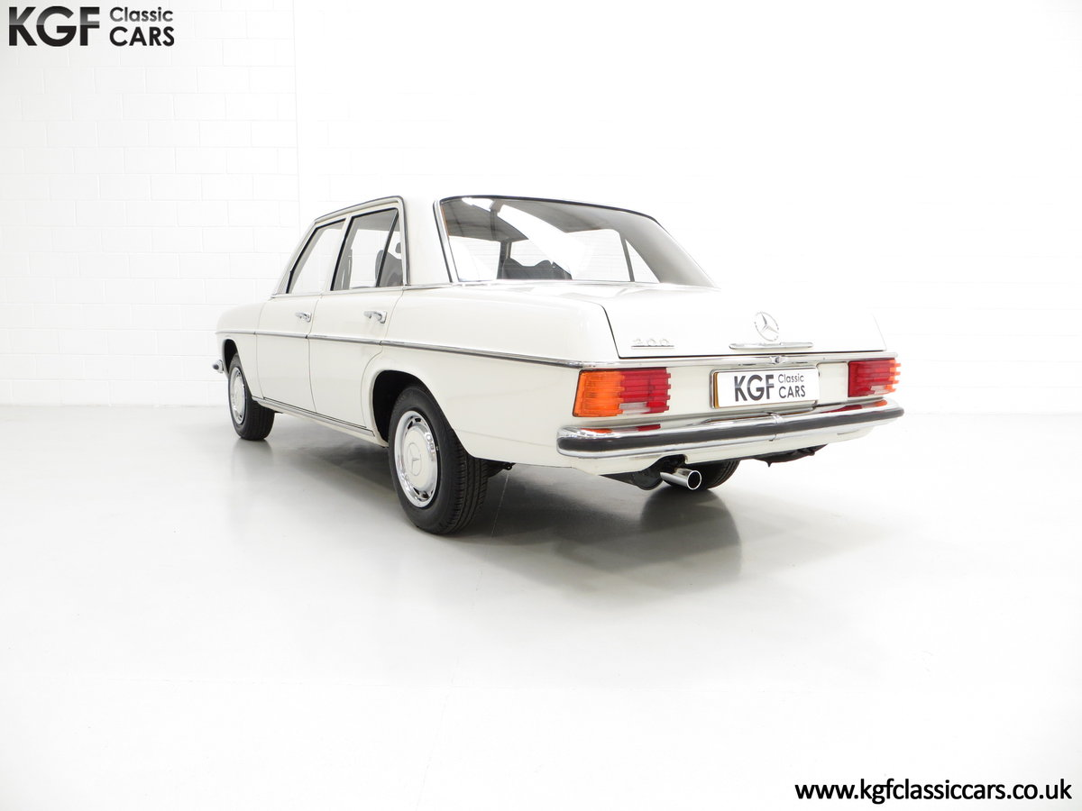 1975 A Preserved W115 Mercedes-Benz 200 with Just 19,986 Miles SOLD (picture 4 of 6)