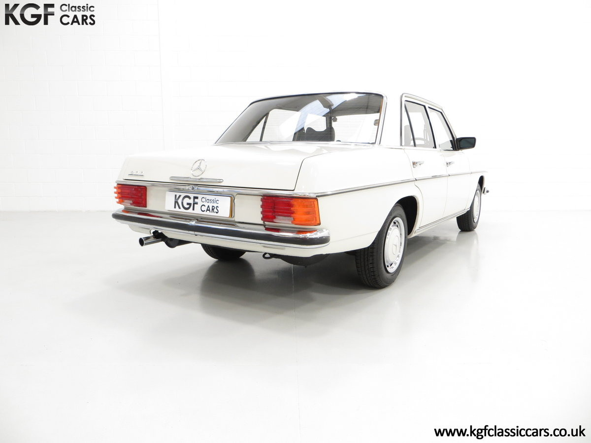 1975 A Preserved W115 Mercedes-Benz 200 with Just 19,986 Miles SOLD (picture 5 of 6)