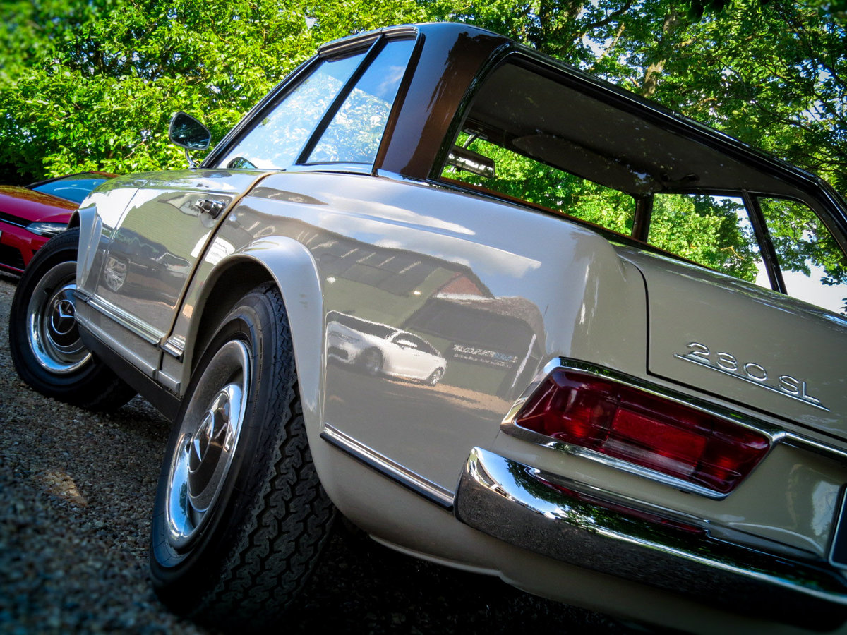1965 230 SL PAGODA Automatic Petrol (FULLY SPIT RESORED) For Sale (picture 4 of 6)