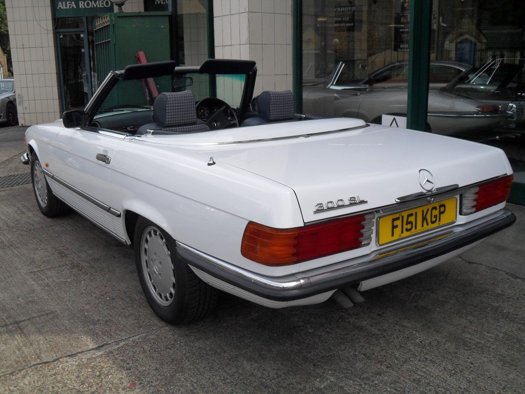 1988 Mercedes Benz 300SL For Sale (picture 3 of 6)