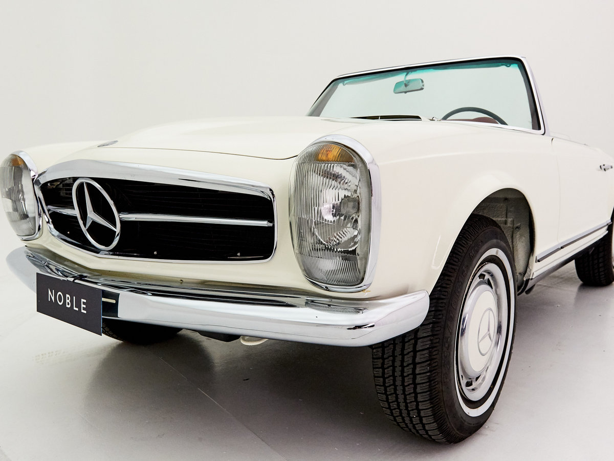 1966 MERCEDES 230SL PAGODE ZF 5-SPEED For Sale by Auction (picture 3 of 6)