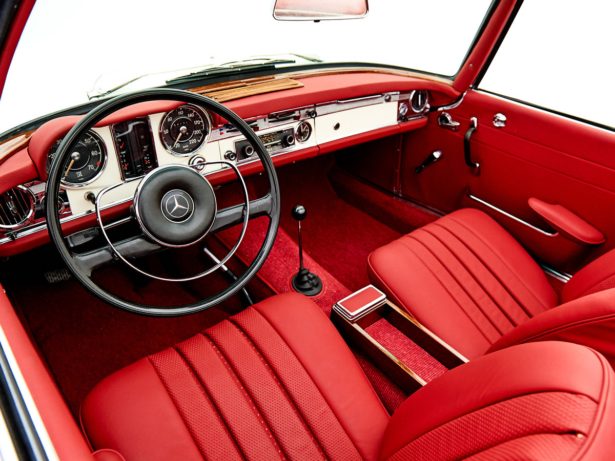 1966 MERCEDES 230SL PAGODE ZF 5-SPEED For Sale by Auction (picture 4 of 6)