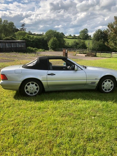 1997 Mercedes 320 SL. 1 owner since 2005. FSH. For Sale (picture 5 of 6)