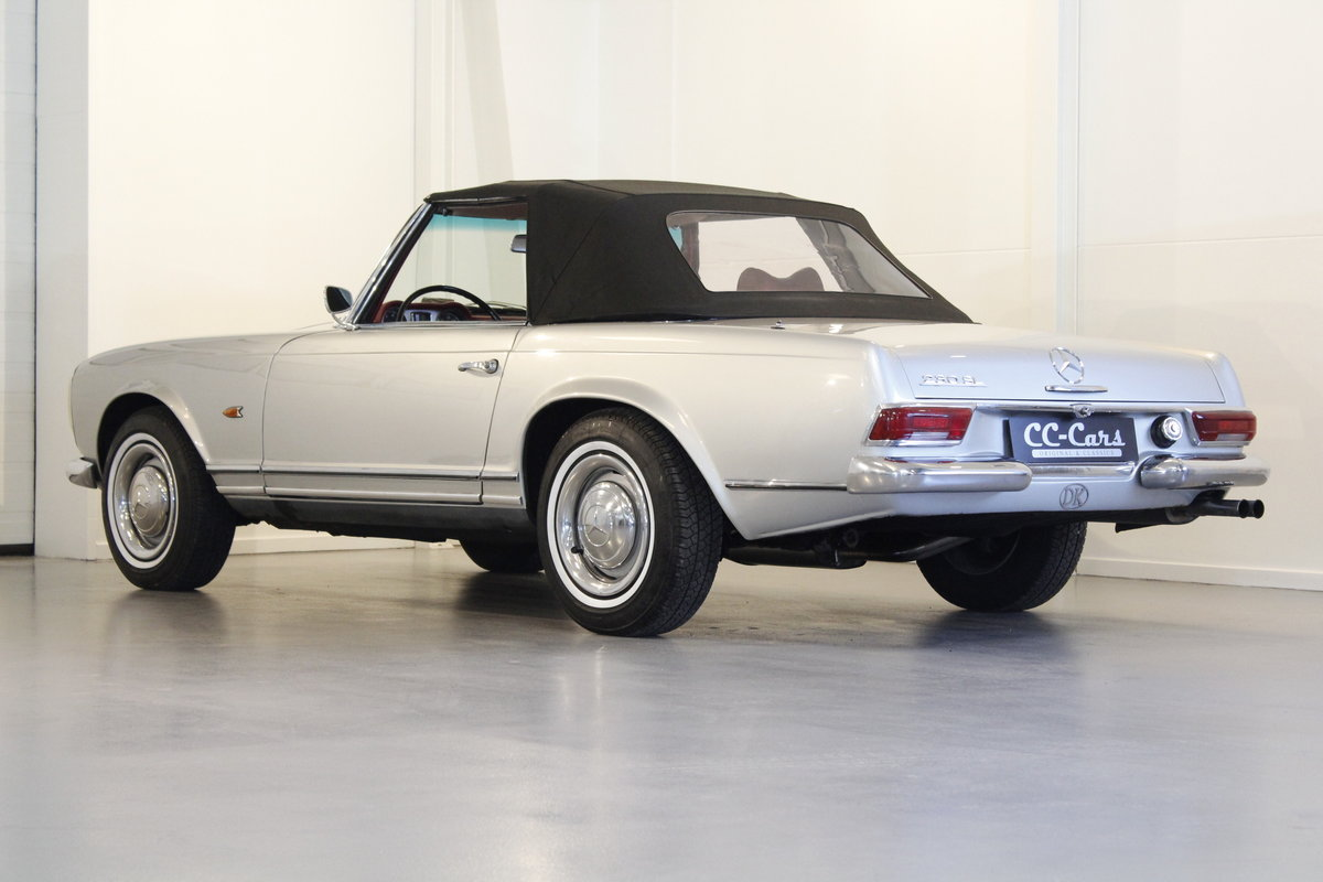 1966 Mercedes 230 SL Pagoda - Manual gear For Sale (picture 2 of 6)