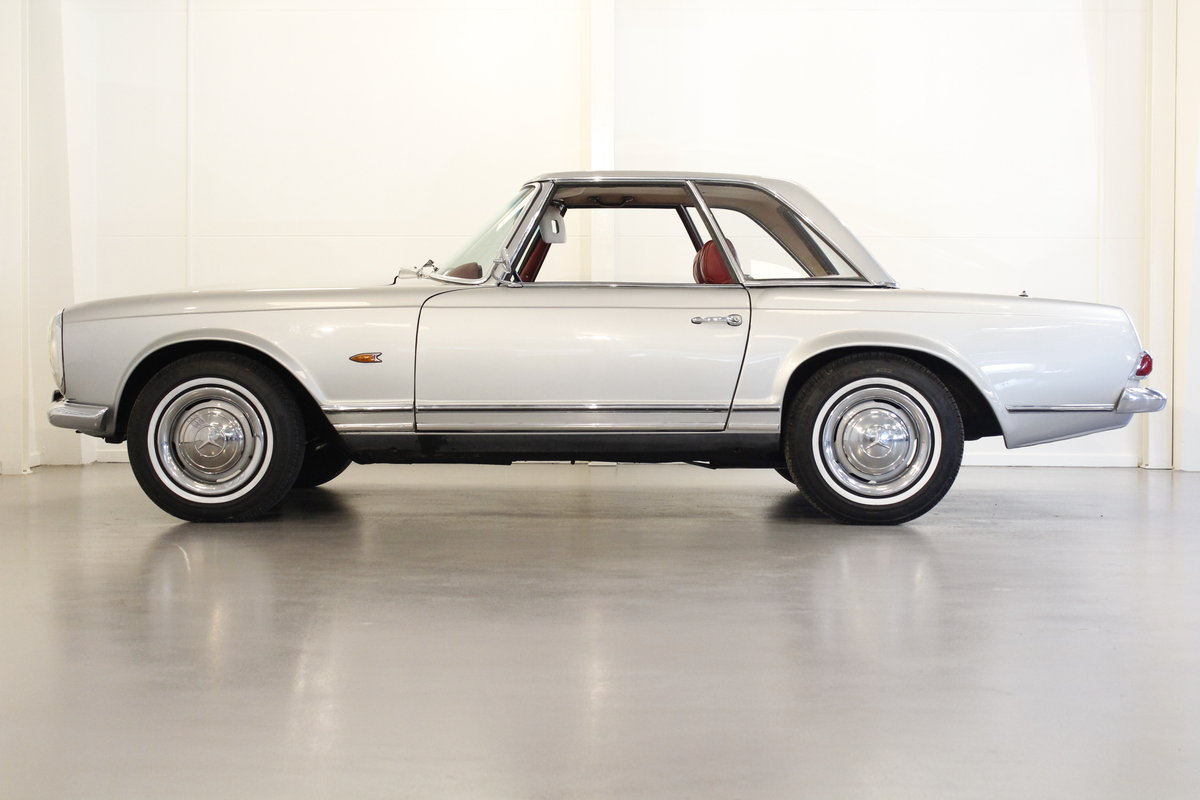 1966 Mercedes 230 SL Pagoda - Manual gear For Sale (picture 3 of 6)