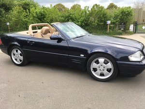 2000 Classy SL 320 in excellent condition For Sale