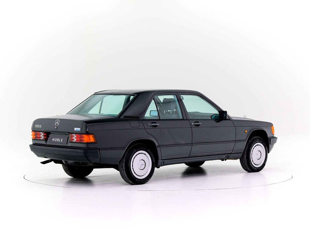 1986 MERCEDES 190E For Sale by Auction (picture 1 of 4)