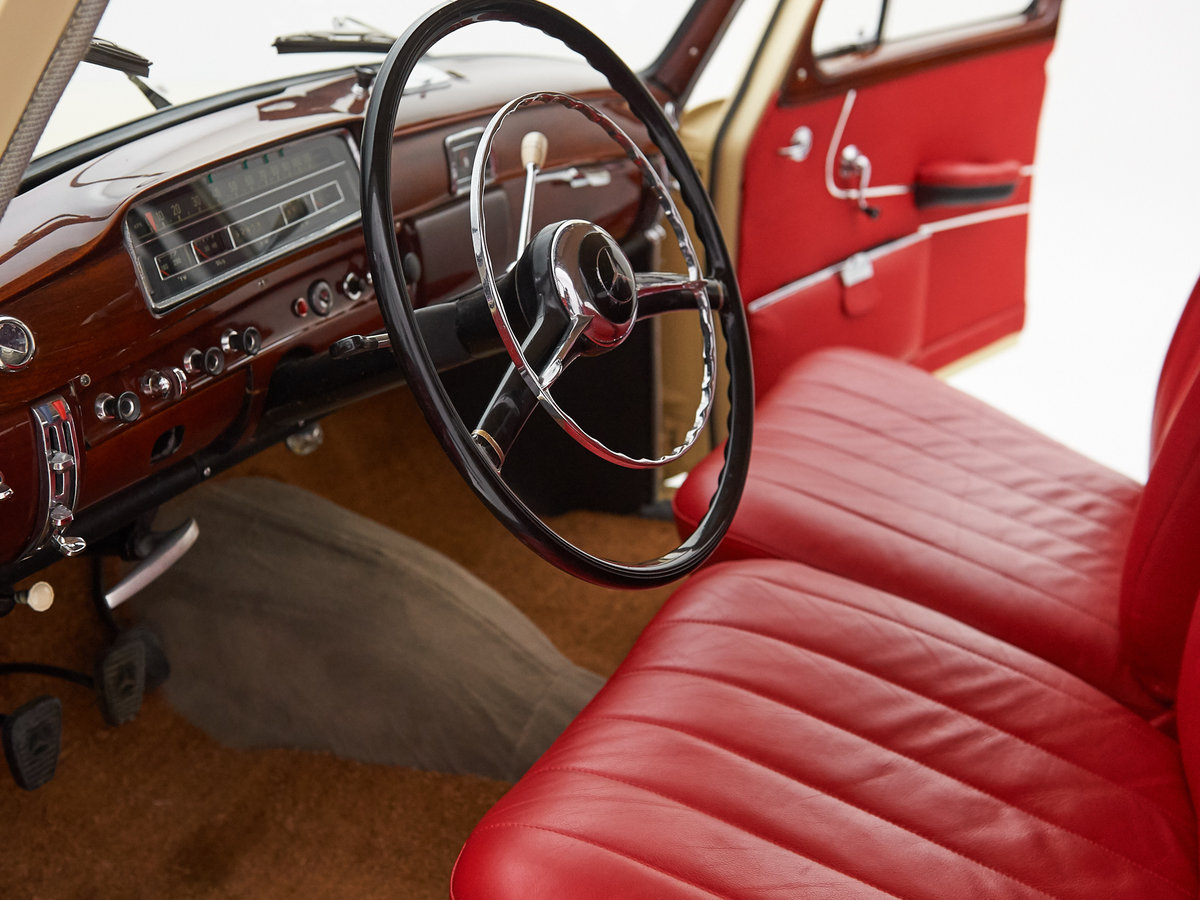1958 MERCEDES PONTON 220S For Sale by Auction (picture 4 of 6)