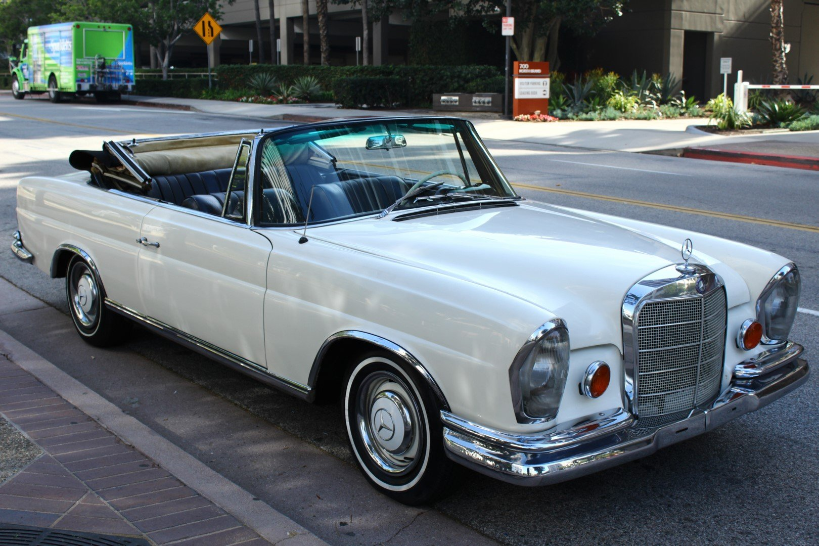 1966 MERCEDES-BENZ 250SE For Sale (picture 1 of 6)