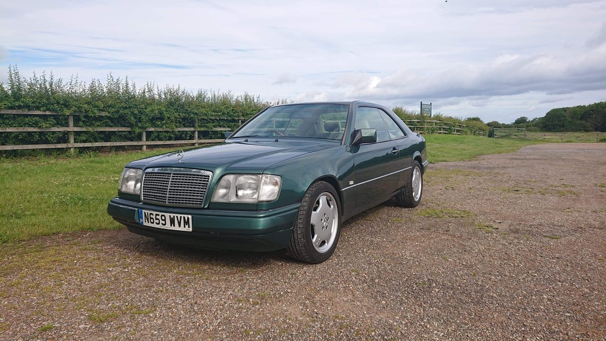 1995 Mercedes w124 e220 coupe amg vgc For Sale (picture 1 of 6)