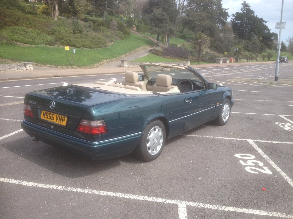 1995 E220 CABRIOLET 89000 ,HISTORY. For Sale (picture 3 of 6)