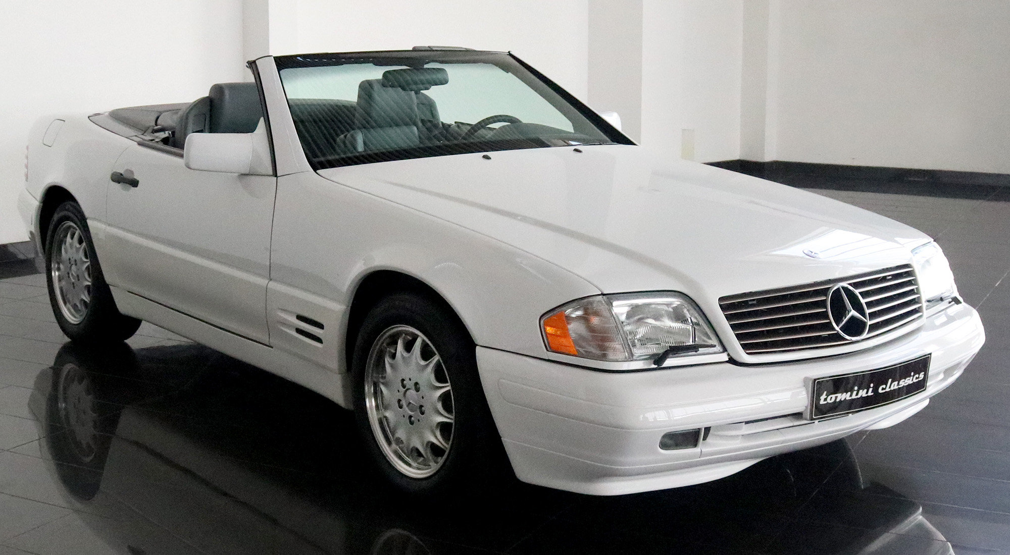 Mercedes-Benz SL500 (1996) For Sale (picture 1 of 6)