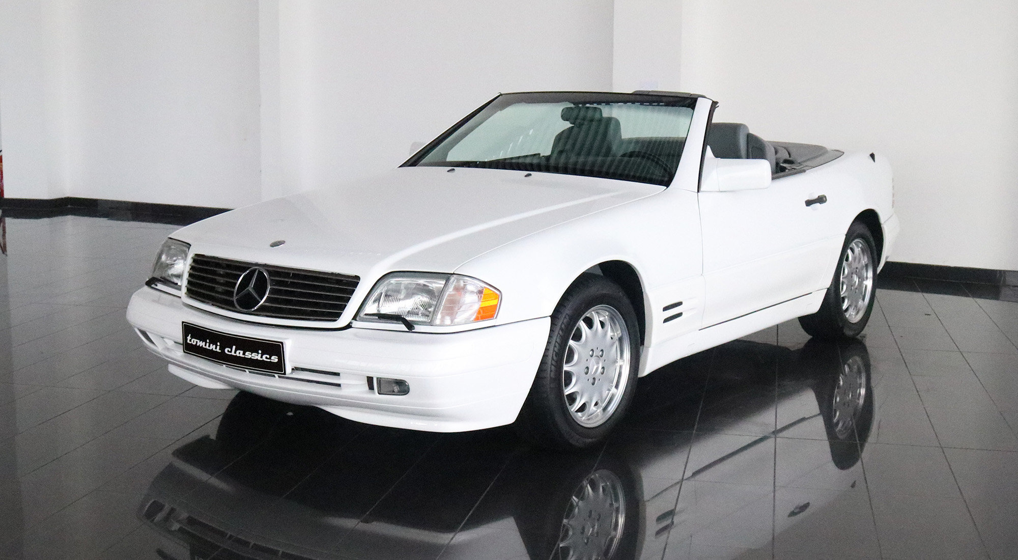 Mercedes-Benz SL500 (1996) For Sale (picture 2 of 6)