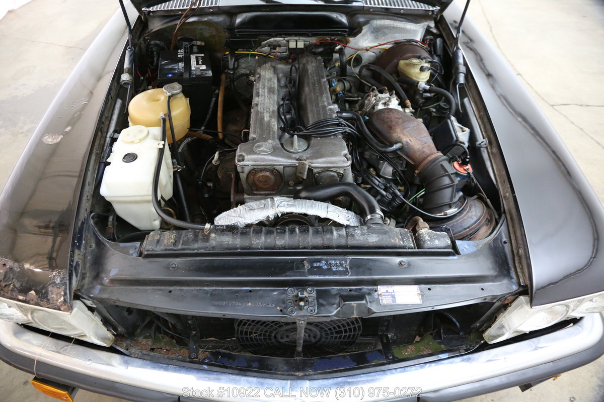 1981 Mercedes-Benz 280SL 4 Speed Manual For Sale (picture 5 of 6)