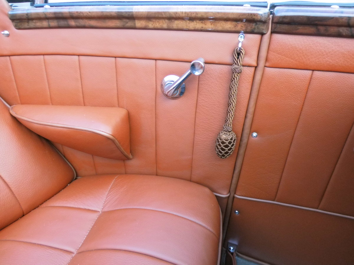 1939 Mercedes Benz 320 cabrio B For Sale (picture 5 of 6)