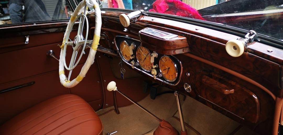 1937 Mercedes benz 230 cabrio b For Sale (picture 3 of 6)