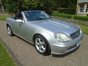2003 Mercedes SLK 200 Kompressor, folding hard top.