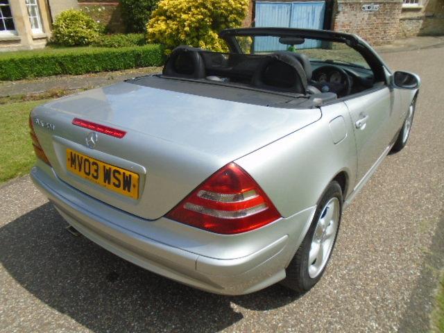 2003 Mercedes SLK 200 Kompressor, folding hard top.  For Sale (picture 3 of 6)