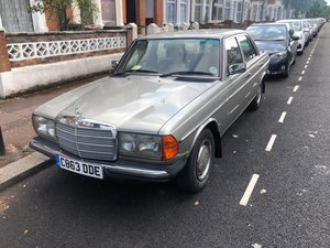 1985 Mercedes 230e w123  For Sale