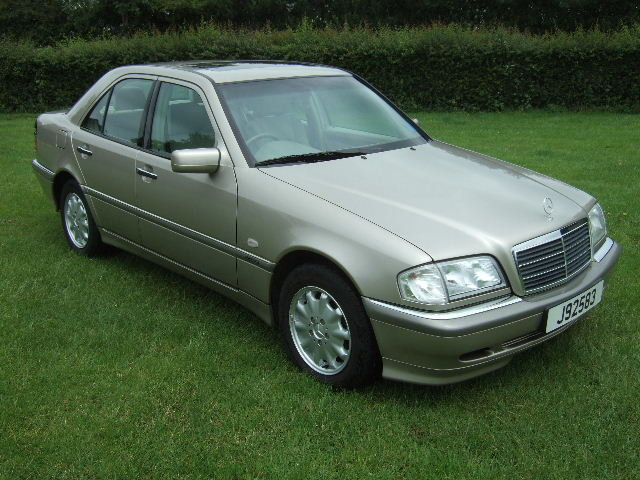 1998 Mercedes C240 Elegance genuine 4360 miles from new For Sale (picture 2 of 6)