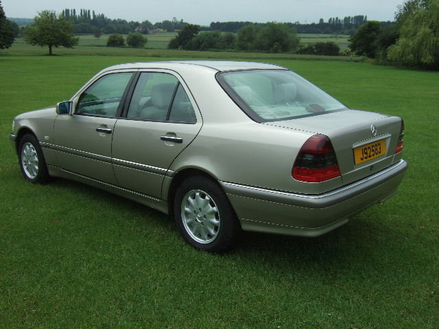 1998 Mercedes C240 Elegance genuine 4360 miles from new For Sale (picture 4 of 6)