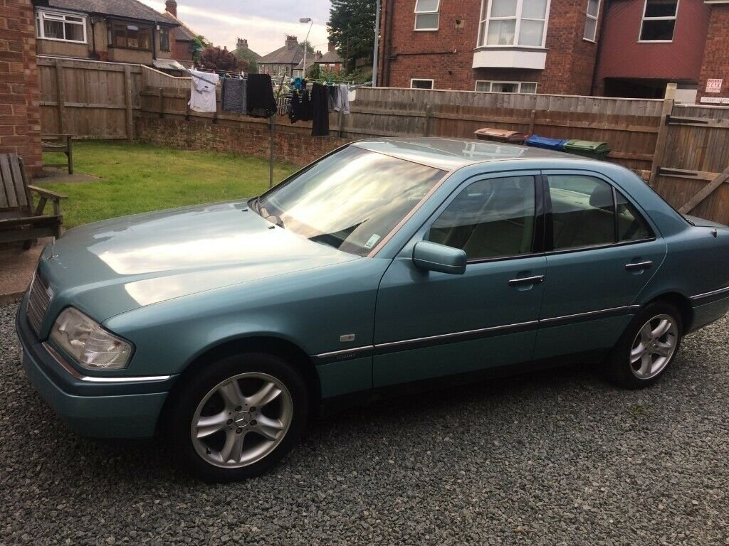 1996 Mercedes-Benz C180 Elegance w202 Auto 1.8 For Sale (picture 2 of 6)