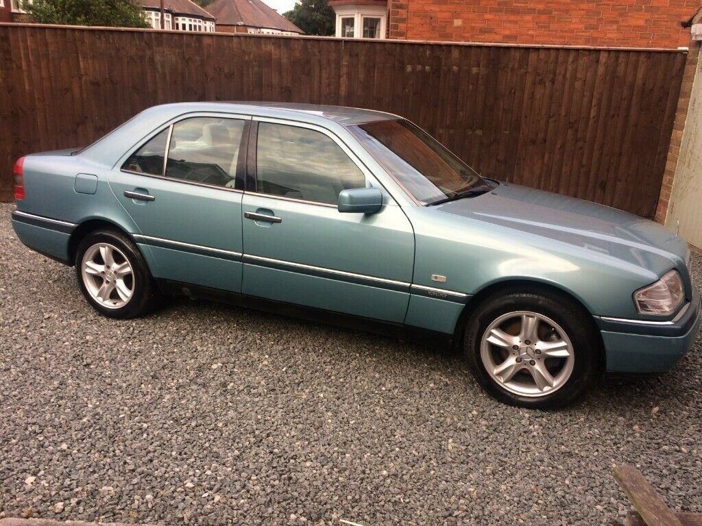 1996 Mercedes-Benz C180 Elegance w202 Auto 1.8 For Sale (picture 3 of 6)