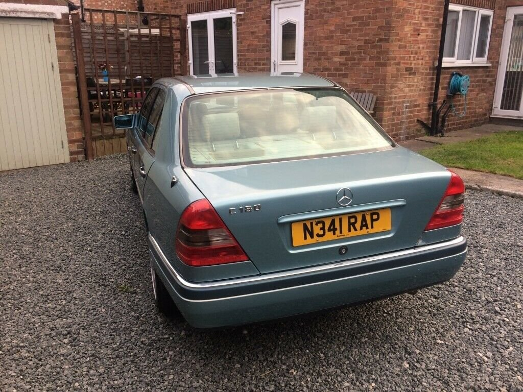 1996 Mercedes-Benz C180 Elegance w202 Auto 1.8 For Sale (picture 4 of 6)