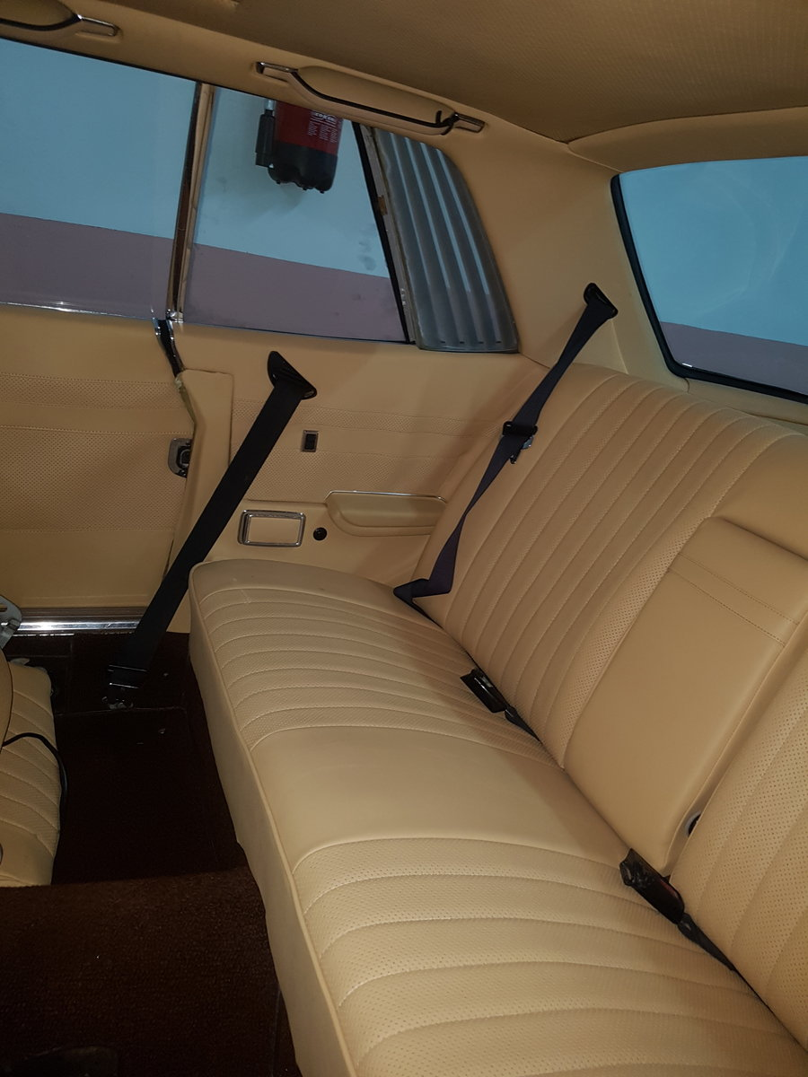 1976 Mercedes 450SLC R 107 For Sale (picture 5 of 6)