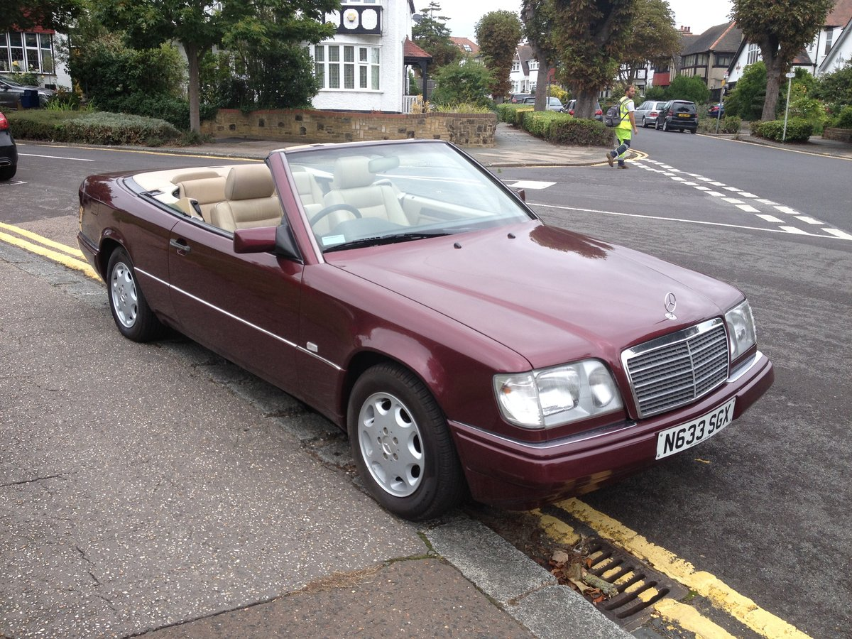 1996 Mercedes e220 cabriolet,full history ,all the mots SOLD (picture 2 of 6)