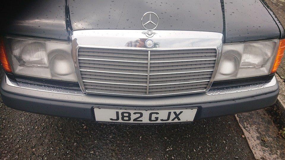 1991 Mercedes Benz w124 250 D 6 door lwb limousine For Sale (picture 2 of 6)