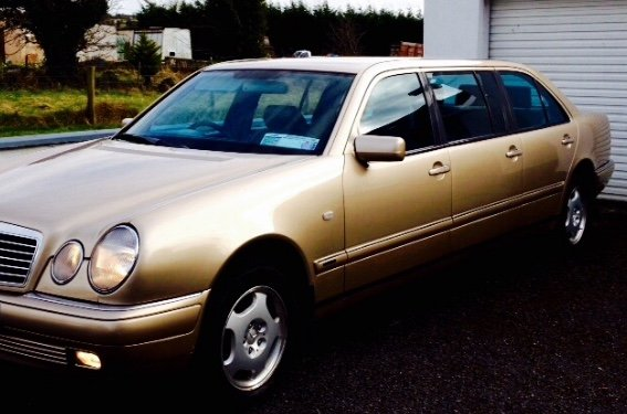 1998 Mercedes 6 door limousine For Sale (picture 1 of 6)