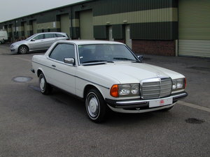 1984 MERCEDES BENZ W123 280ce Coupe - LHD - Ex Japan - Just 56k! For Sale