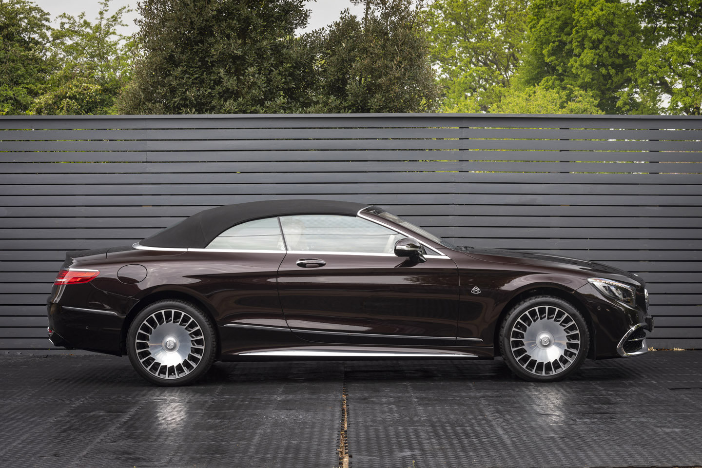 2019 S650 Cabriolet LHD (DELIVERY MILES) For Sale (picture 3 of 6)