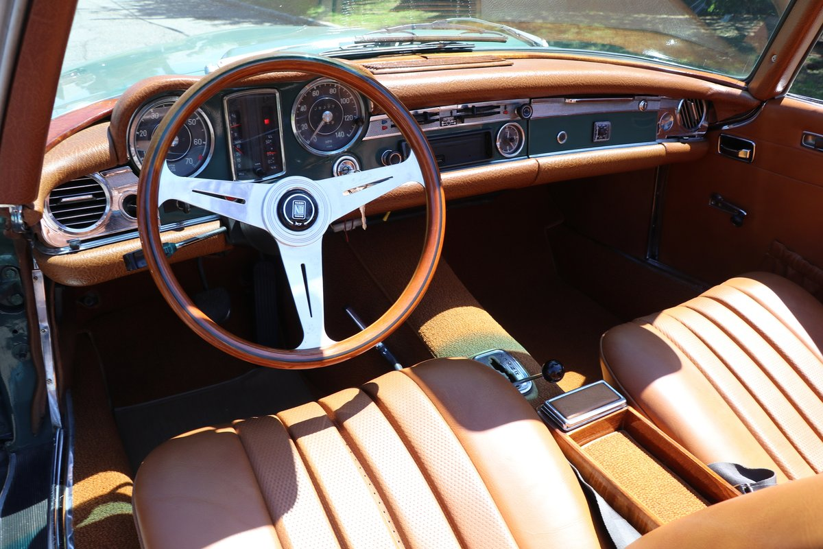 1969 Mercedes-Benz 280SL For Sale (picture 5 of 6)
