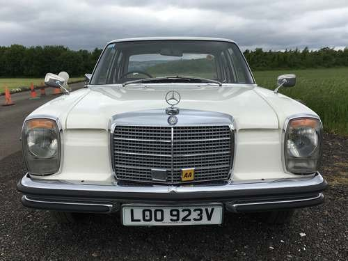 1972 Mercedes 250 at Morris Leslie Auction 17th August For Sale by Auction (picture 3 of 6)