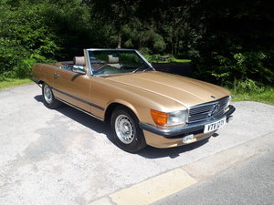 1989 MERCEDES 380SL 1983 Automatic For Sale