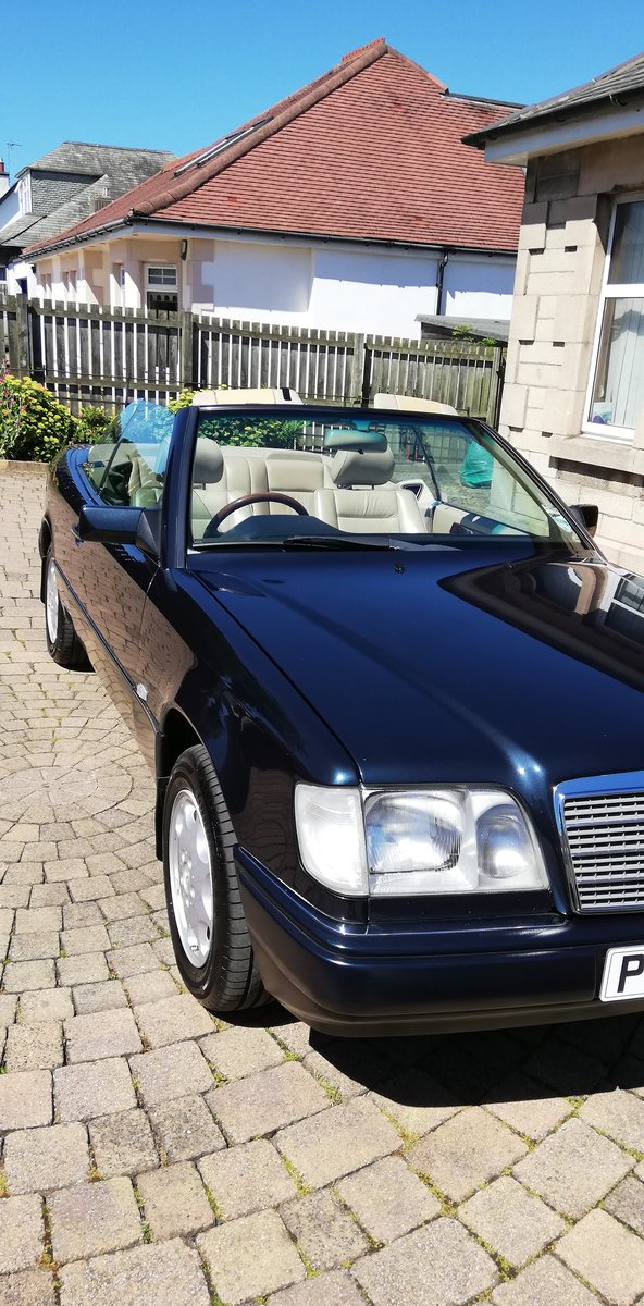 1996 Rare E Class Cabriolet in Excellent Condition For Sale (picture 6 of 6)