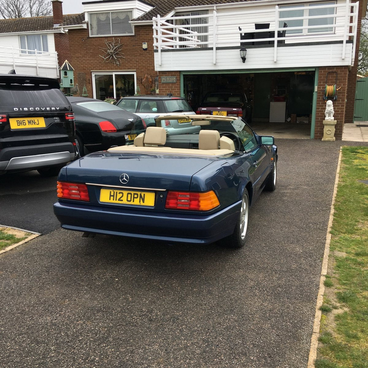 1991 Mercedes 300SL Sports car convertible For Sale (picture 1 of 4)