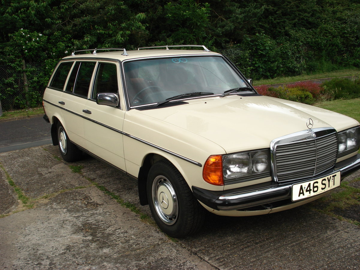 1983 Mercedes W123/200t buy me SOLD (picture 1 of 6)