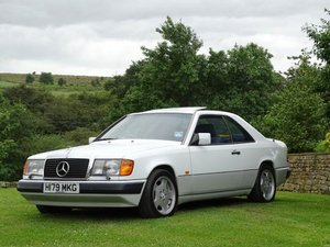 1990 Mercedes-Benz 300 CE For Sale by Auction