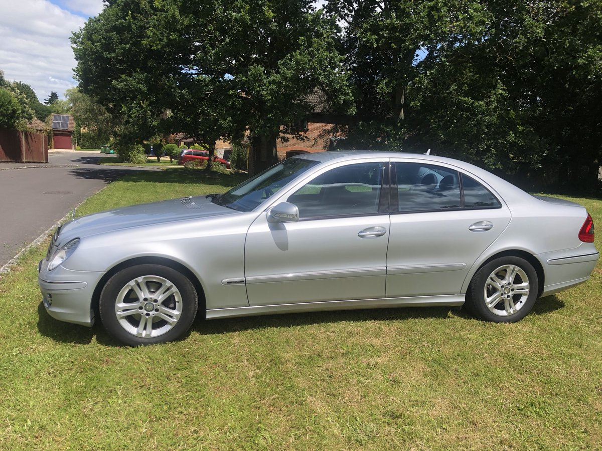 2008 Mercedes E Class AVANTGARDE - LOW MILEAGE! For Sale (picture 2 of 6)